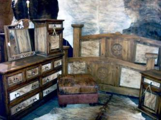 COUNTRY STYLE RUSTIC BEDROOM FURNITURE / BEDS / NIGHT STANDS / DRESSERS / CHESTS OF DRAWERS / COMMERCIAL QUALITY WITH HAIR ON HIDES